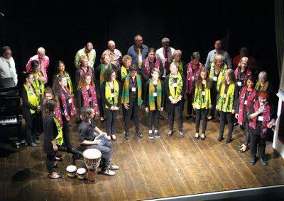 """Panoramica Performance con Coro """"Vox Nova"""" e """"S. Maria"""",2017, """"Cori in Festa"""", Teatro Arrigoni"""